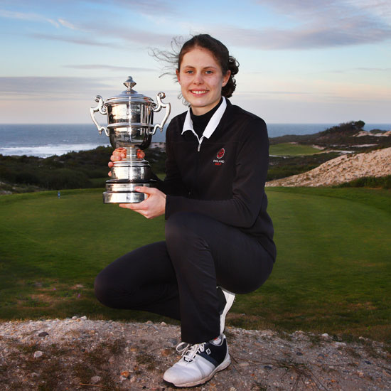 Bel Wardle wins all-England play-off for Portuguese title