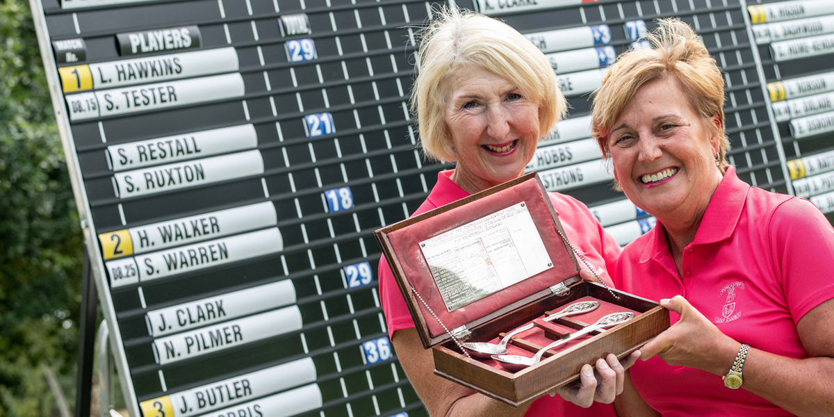 The 2018 Australian Spoons winners Yorkshire golfers Jane Butler and Carole Morris with their trophy