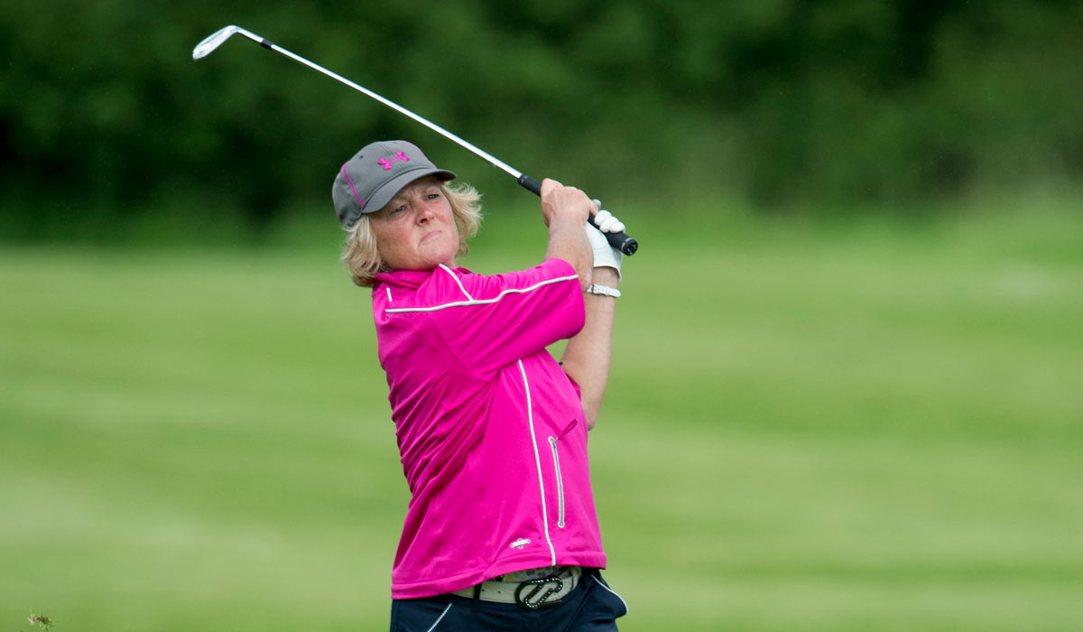 Gillian beats par to set the senior pace