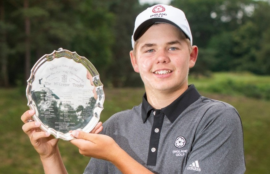 McGregor Trophy: Smith holds his nerve to claim a thrilling victory