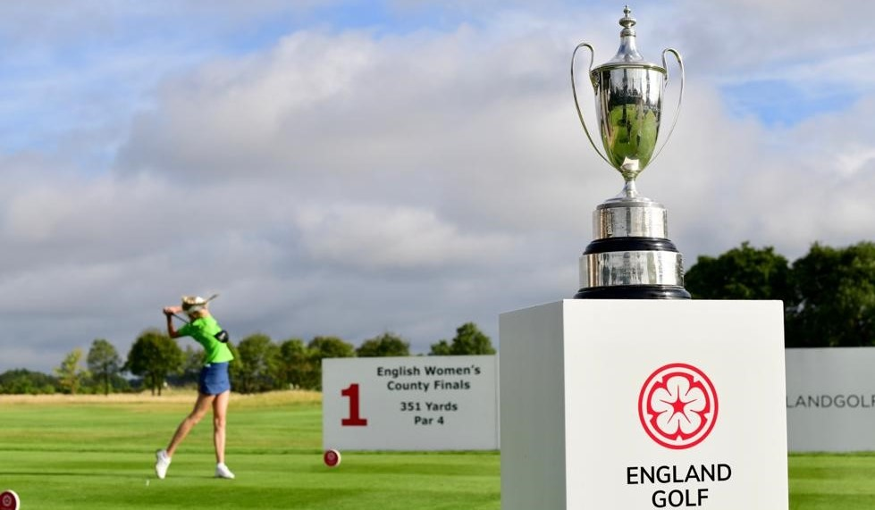 Women's County Finals – Day One: Surrey hit the front